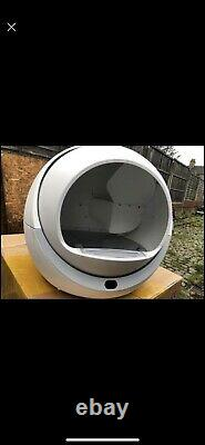 Luxury self-cleaning automatic sealed cat litter box for cat toilet